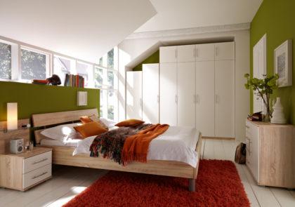 Schlafzimmer von Priess – Modell Varia – in weiss / Sonoma-Eiche