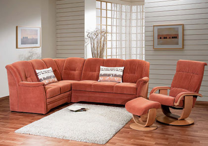 Sofa von Oelsa – Modell Chemnitz – in Stoff orange