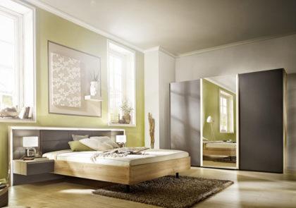 Schlafzimmer von Nolte – Modell Ipanema – in Lack Graphit / Icona-Buche-NB