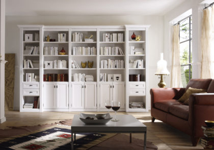 Wohnwand von Wehrsdorfer – Modell Maison – in weiß