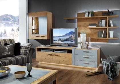 Wohnwand von Schröder – Modell Kitzalm Alpin – in Wildeiche bianco gebürstet
